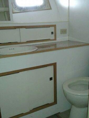 sportfishing restroom charter